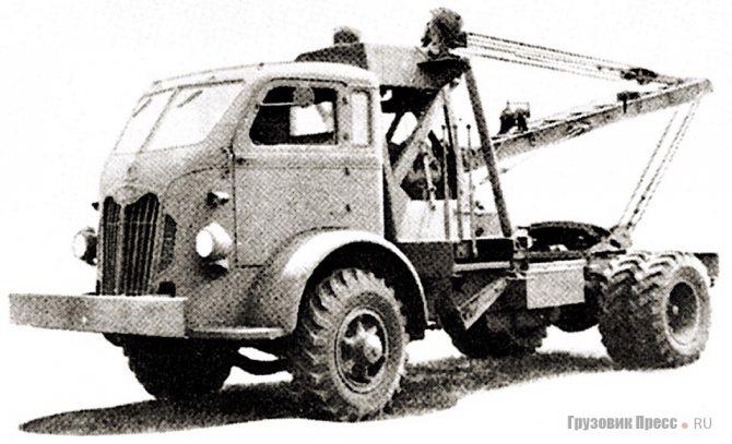 Аэродромный эвакуатор для морской авиации на шасси Autocar U-90. 1940 г.