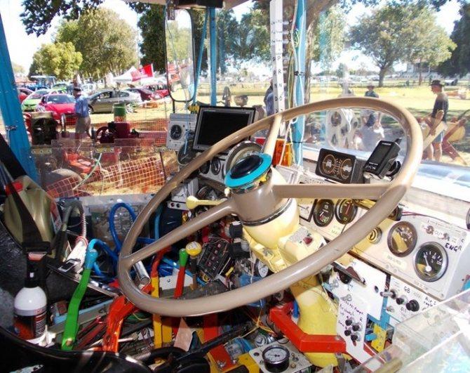 Австралийский грузовичок руль