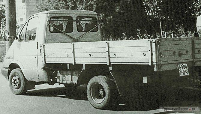 Будущий ГАЗ-3302 на испытаниях в 1992 г.