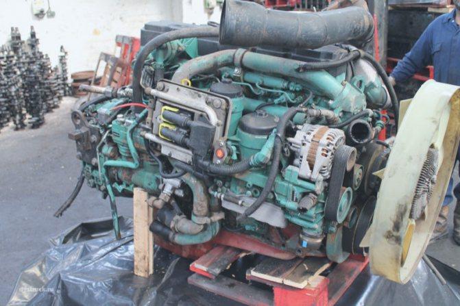 Двигатель Вольво FL 240