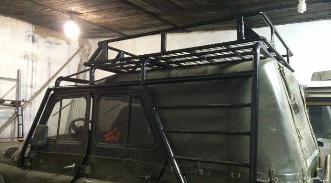 Экспедиционный багажник на тентованном УАЗе