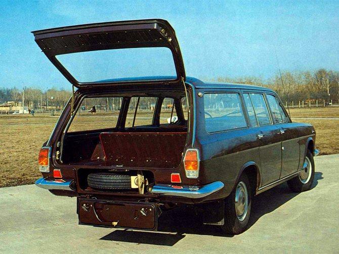 фото ГАЗ-2402 багажник