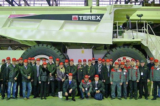 Gервый карьерный самосвал Terex TR100-RM российской сборки