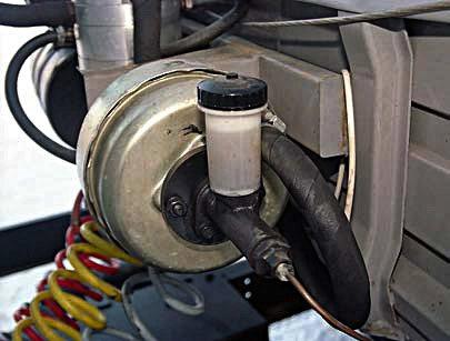 Гидровакуумный усилитель тормозной системы полуприцепа