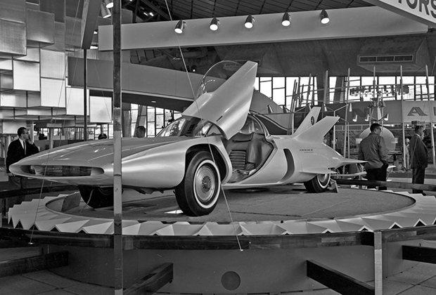GM Firebird III на Всемирной выставке в Сиэтле, 1962 год