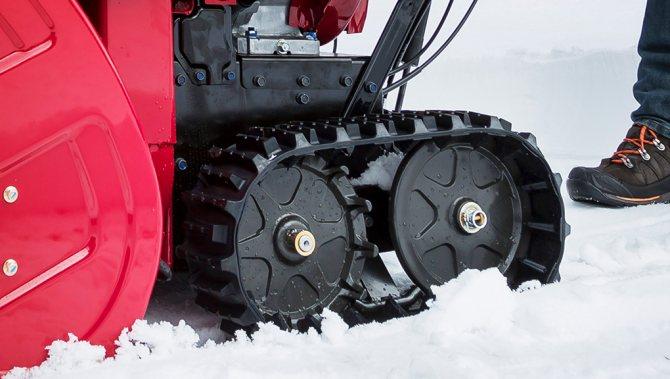 Гусеничный привод снегоуборщиков Honda