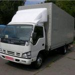 Isuzu NQR75: экономичный, компактный и удобный грузовой автомобиль