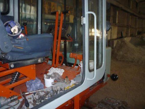 кабина трактора т-70