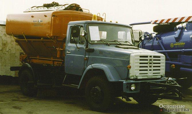 Комбинированная машина КДМ-130 (ПС ПМ) на шасси ЗИЛ-433362