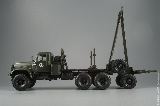 КрАЗ-255Л-04.jpg