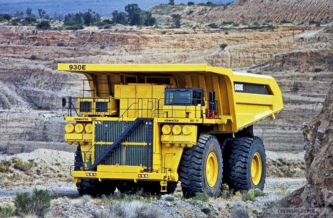 Мощность двигателя самосвала Komatsu 930Е превышает 2,5 тыс. л.с.