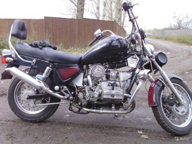 мотоцикл урал вояж - вид сбоку