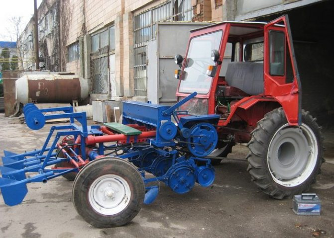Навесное оборудование на трактор Т-16