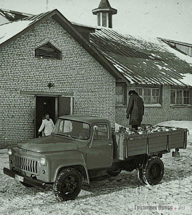 Опытный образец ГАЗ-56 с кабиной от ГАЗ-53. 1959 г.