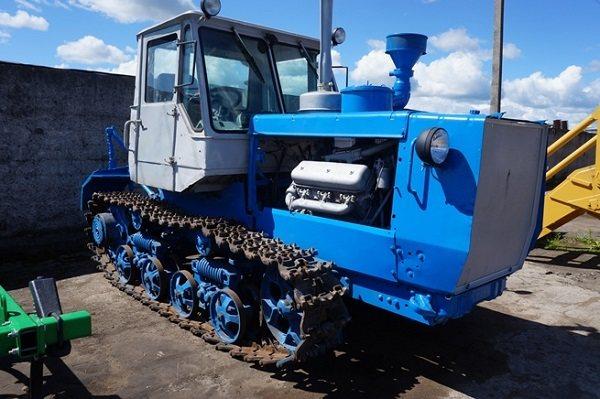 Отличия от предшественника – гусеничного трактора Т-74