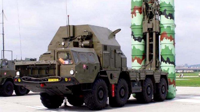 Первая мобильная четырехзарядная пусковая установка системы С-300ПМУ