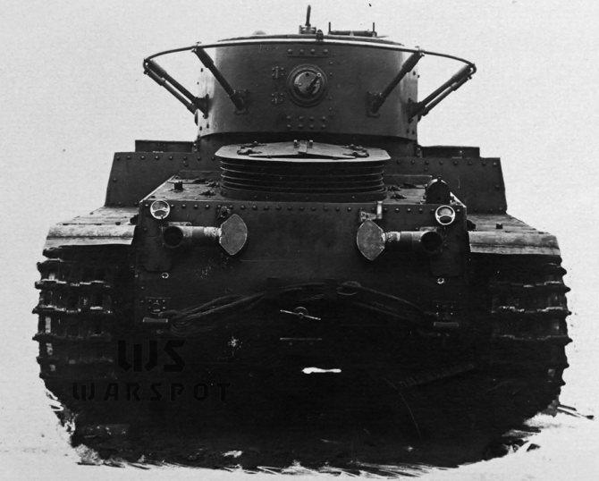 Подобно другим советским танкам середины 30-х годов, Т-46 получил кормовую пулемётную установку. - Колёсно-гусеничный тупик   Warspot.ru