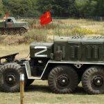 Показательный заезд колесного тягача МАЗ-537Г и гусеничного АТ-Л (фото автора)