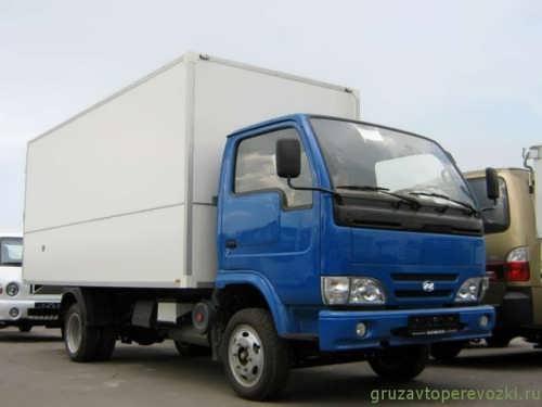промтоварные грузовики yuejin со спальным местом