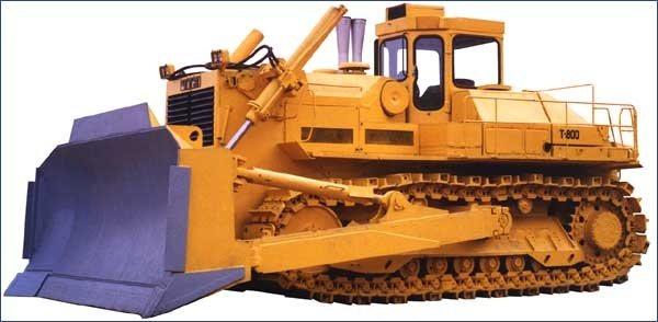 Промышленный гусеничный трактор тягового класса 75 с бульдозерным и рыхлительным оборудованием