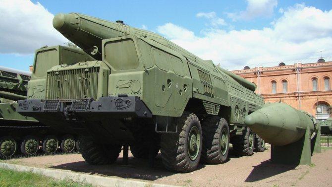 Самоходная пусковая установка 9П120 ракетной системы «Темп-С» (фото автора)