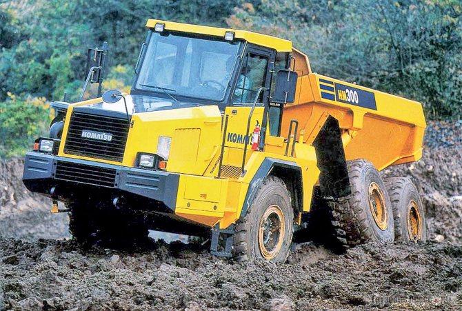 Шарнирно-сочленённый Komatsu HM300-1