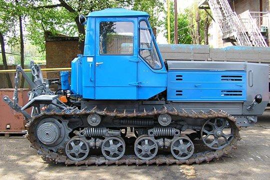 Специально для Т-150 был спроектирован двигатель СМД-60