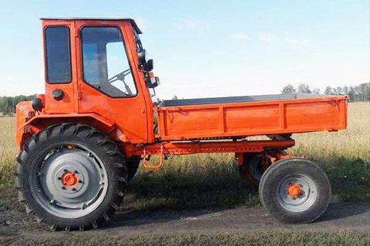 Существует две модификации трактора Т-16