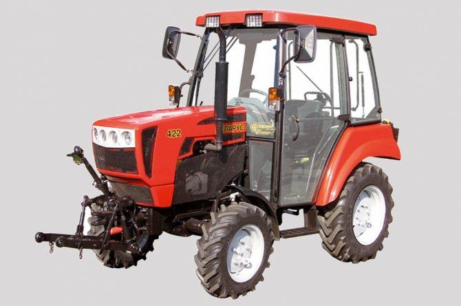 Технические характеристики МТЗ-422: мощность - 50 л.с.