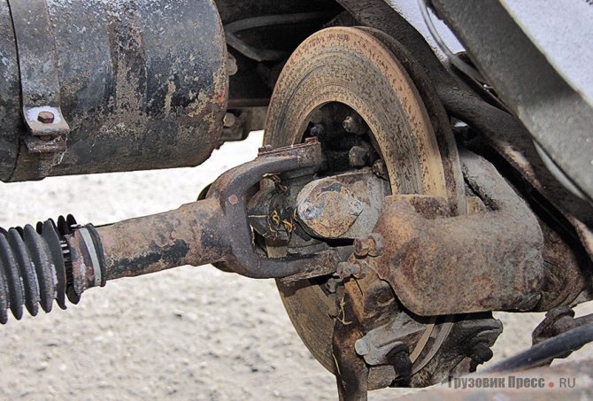 Трансмиссионный тормоз с дисковым механизмом и механическим приводом