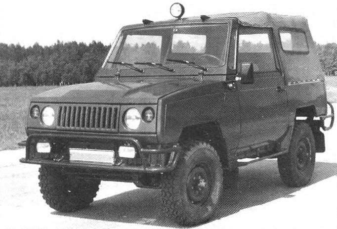УАЗ-3171 — один из экспериментальных вариантов 469-го