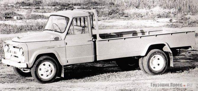 Успех малотоннажника Jupiter T10 в виде пикапа положил начало экспортной программе Mitsubishi