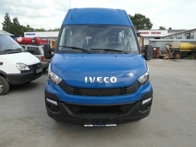 Вид спереди, IVECO Daily 50C14V CNG