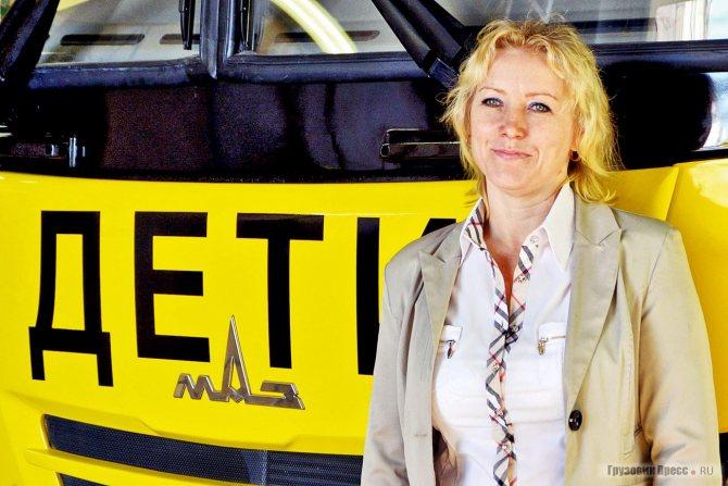 Водитель школьного автобуса Надежда Никонова