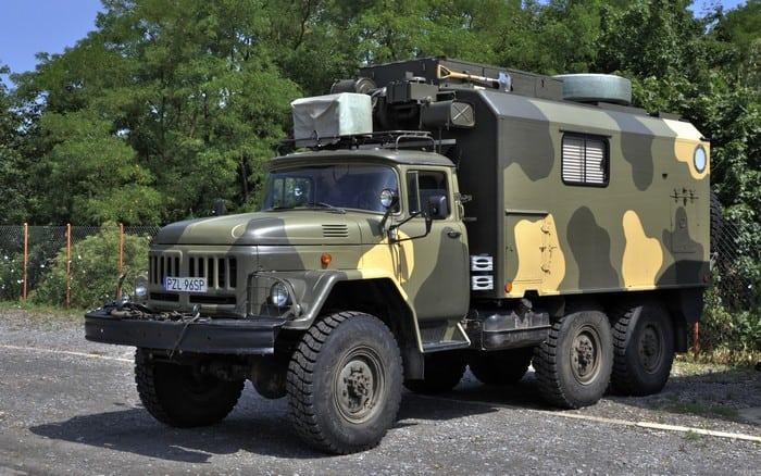 Военный ЗИЛ-131 с кунгом