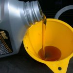 Замена масла в двигателе мотоблока