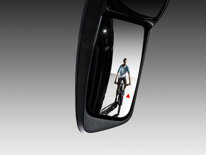 зеркало заднего вида на автобусе Setra обзор зеркала.jpg