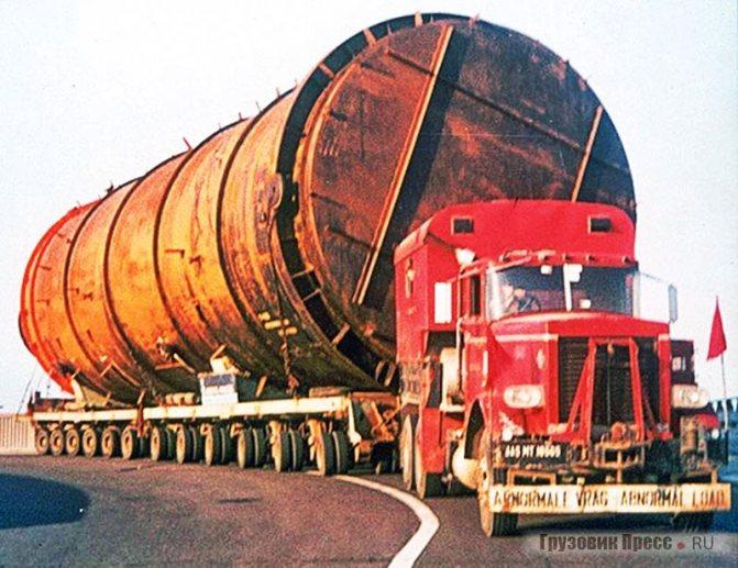 «Железнодорожные» тягачи-фургоны Ralph G8 A3 на работе (Dennis Child)