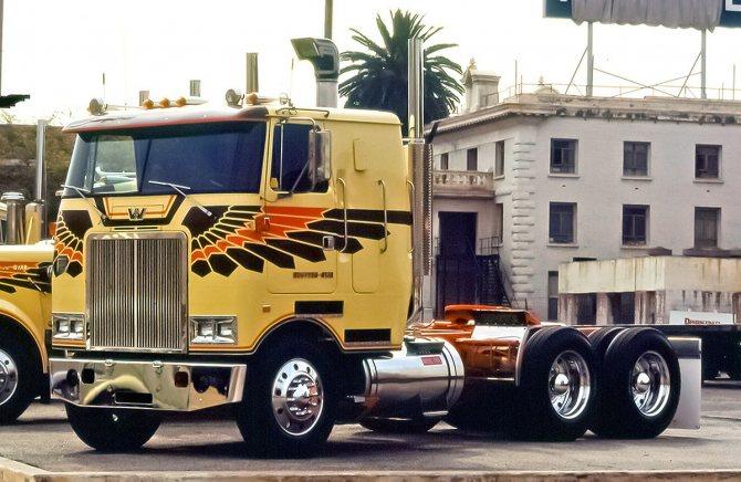 Золотой юбилей: грузовики Western Star